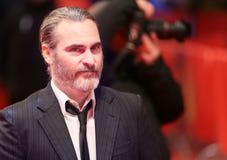 Joaquin Phoenix assiste à l'inquiétude du ` t de Don de `, il a gagné le ` t ennuient loin les FO Image libre de droits