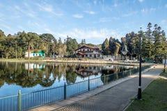 Joaquina Rita Bier jezioro i kwadrat - Gramado, rio grande robi Sul, Brazylia obraz stock