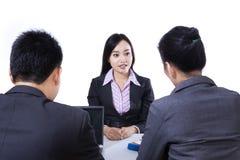 Job Interview - aislado Imagen de archivo
