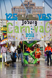 Joburg Karneval - Straßen-Parade - 125. Geburtstag Lizenzfreie Stockfotografie