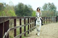 Jockey γυναικών στοκ εικόνες με δικαίωμα ελεύθερης χρήσης