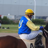 Jockey In Horse Race Royaltyfria Bilder