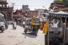 JODHPUR, INDIA - 11 GENNAIO 2017: Vita di città indiana tipica a Fotografia Stock