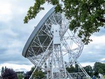 Jodrell banka Radiowy teleskop w wiejskiej wsi Cheshire Anglia Obraz Royalty Free