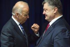 Joe Biden et Petro Poroshenko Photos libres de droits