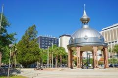 Joe Chillura Courthouse Square, dôme métallique, Tampa, la Floride Image libre de droits