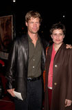 Joel Gretsch. Actor JOEL GRETSCH & wife at the Los Angeles premiere of Cast Away. 07DEC2000.   Paul Smith / Featureflash Stock Images