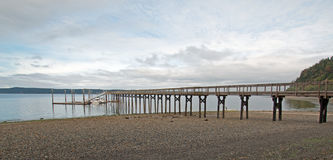 Joemma plaży stanu parka molo i Łódkowaty dok na Puget Sound blisko Tacoma Waszyngton Fotografia Royalty Free
