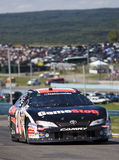 Joey Logano sur la piste Photos stock