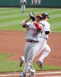 Joey Votto der Cincinnati Reds fängt ein popout ab Lizenzfreie Stockfotografie