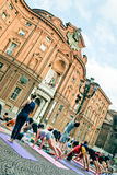 Joga błysku motłoch w piazza Carignano, Turyn Zdjęcia Stock