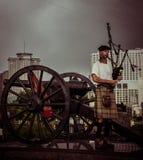 Jogador da gaita de fole do bairro francês de Nova Orleães Fotos de Stock Royalty Free