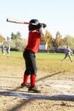Jogador da liga júnior no bastão. imagem de stock