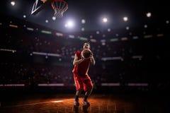 Jogador de basquetebol vermelho na ação Fotografia de Stock