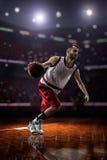 Jogador de basquetebol vermelho na ação Foto de Stock