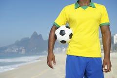 Jogador de futebol brasileiro Rio de janeiro do futebol imagens de stock