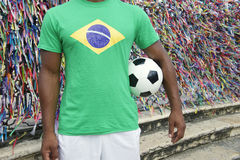 Jogador de futebol brasileiro Salvador Wish Ribbons do futebol foto de stock
