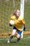 Jogador de futebol das meninas da juventude Fotos de Stock