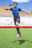 Jogador de futebol do futebol Imagens de Stock