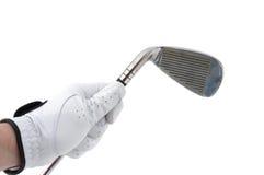 Jogador de golfe que prende um ferro Fotos de Stock Royalty Free