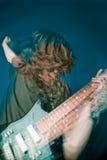Jogador de guitarra do hard rock Imagem de Stock