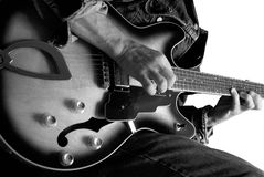 Jogador de guitarra elétrica Fotos de Stock Royalty Free
