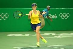 Jogador de tênis Elina Svitolina de Ucrânia na ação durante fósforo do círculo dos dobros o primeiro do Rio 2016 Jogos Olímpicos Foto de Stock Royalty Free
