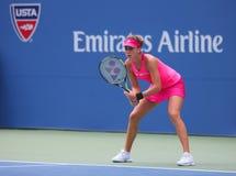 Jogador de tênis profissional Belinda Bencic de Suíça durante o fósforo 4 redondo Imagem de Stock Royalty Free
