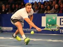 Jogador de tênis profissional Jack Sock do Estados Unidos na ação durante evento do tênis do aniversário da prova final de BNP Pa Fotografia de Stock Royalty Free