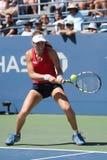 Jogador de tênis profissional Johanna Konta de Grâ Bretanha na ação durante seu terceiro fósforo do US Open 2015 do círculo Fotos de Stock Royalty Free