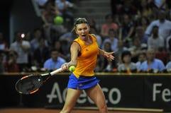 Jogador de tênis Simona Halep da mulher durante um jogo Imagem de Stock
