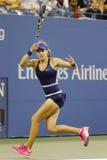 Jogador de tênis profissional Eugenie Bouchard durante em terceiro lugar o março do círculo no US Open 2014 Imagens de Stock Royalty Free