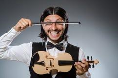 Jogador engraçado do violino do violino Fotografia de Stock Royalty Free