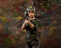 Jogador fêmea do paintball Fotografia de Stock Royalty Free