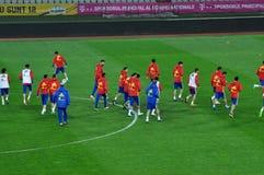 Jogadores de equipa nacional espanhóis do futebol durante o aquecimento Foto de Stock