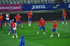 Jogadores de equipa nacional espanhóis do futebol durante o aquecimento Imagens de Stock