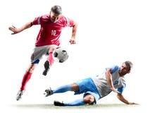 Jogadores de futebol caucasianos isolados no fundo branco fotografia de stock