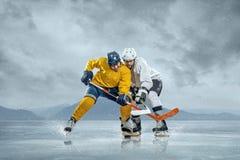 Jogadores de hóquei em gelo Fotografia de Stock Royalty Free