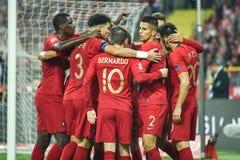 Jogadores de Portugal após ter marcado o objetivo fotos de stock