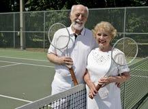 Jogadores de ténis sênior Imagem de Stock