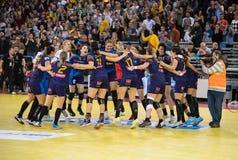 Jogadores do handball das mulheres que comemoram a vitória Foto de Stock Royalty Free