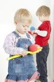 Jogando crianças Fotos de Stock Royalty Free