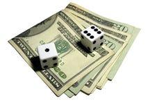 Jogando dados Fotografia de Stock Royalty Free