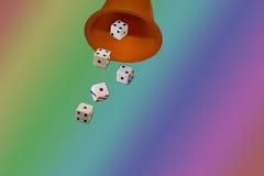 Jogando dados dos cubos imagem de stock royalty free