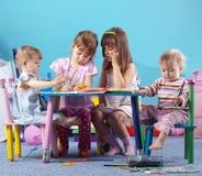 Jogando miúdos Imagem de Stock Royalty Free