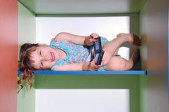 Jogando o jogo video Fotos de Stock