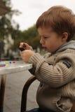Jogando o menino Fotografia de Stock Royalty Free