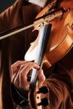 Jogando o violino foto de stock royalty free
