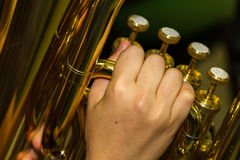 Jogando uma tuba Foto de Stock Royalty Free