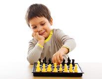 Jogando a xadrez Foto de Stock